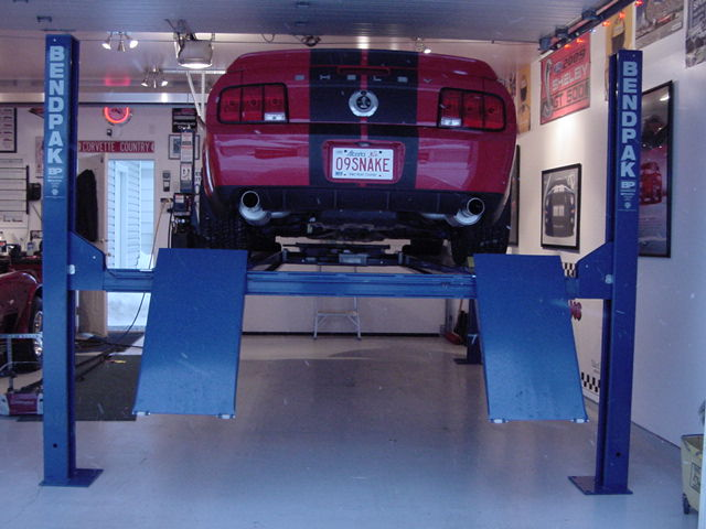 Car Lifts Shelby Gt500 2007 2009 Team Shelby